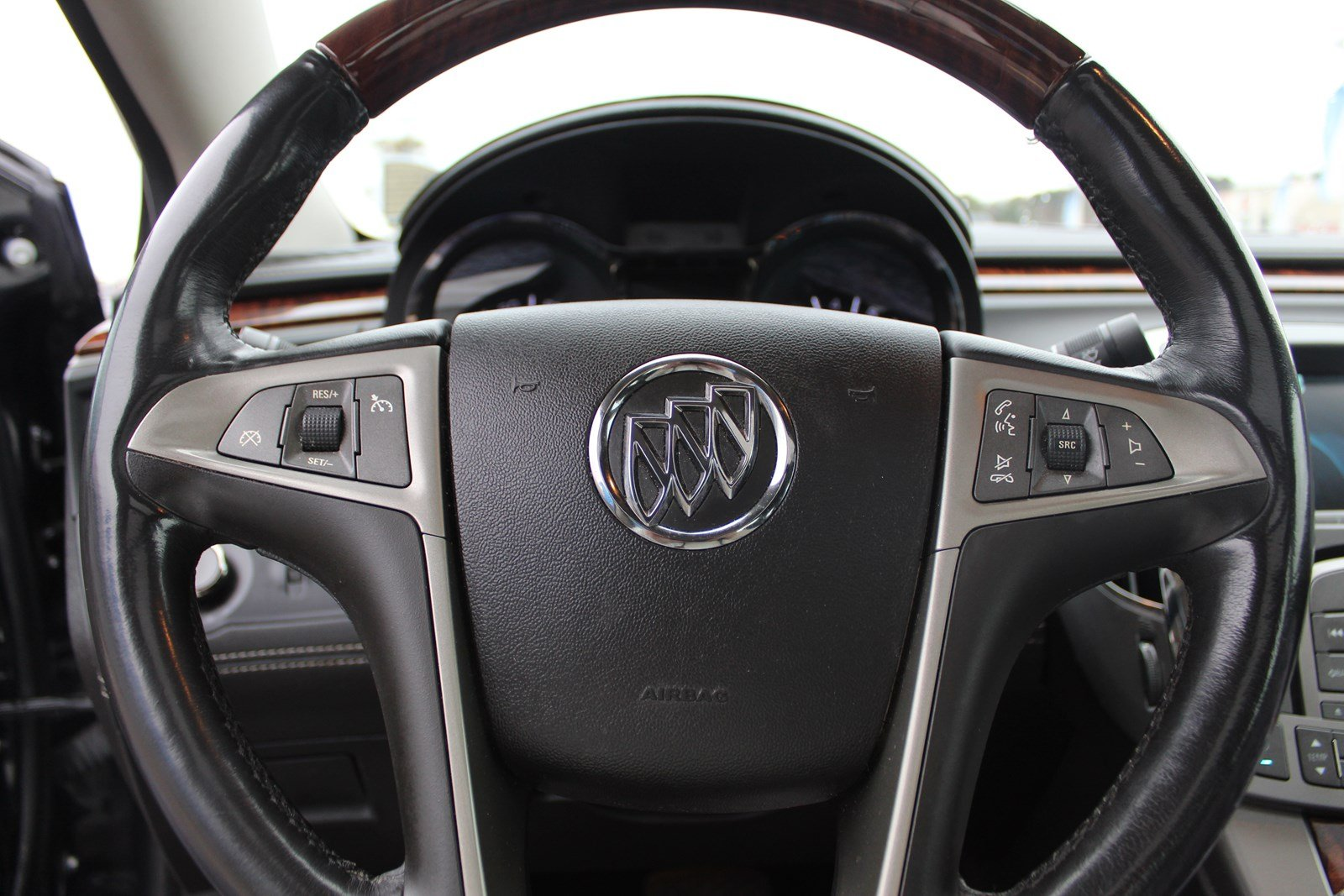 Pre-Owned 2013 Buick LaCrosse Touring Group